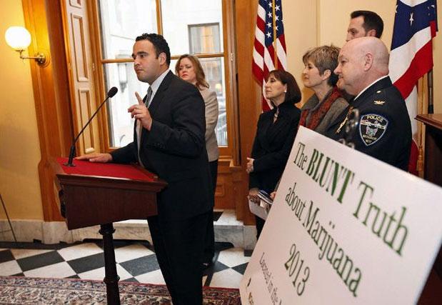 Dr. Kevin Sabet speaks about the effects of legalization (Columbus, USA) - Photo Columbus Dispatch
