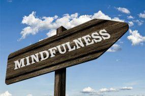 Mindulness road sign