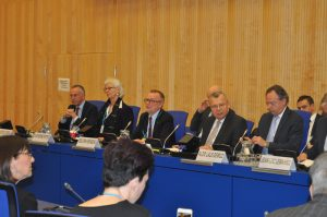 Informal dialogue at the CND