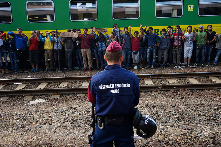 Refugees protest at railway station